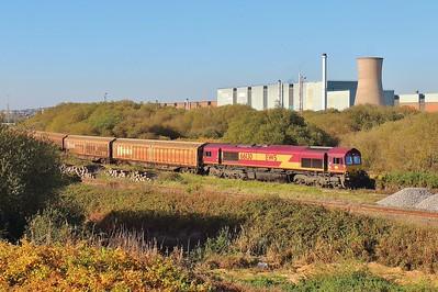 66130 6L42 Trostre to Tilbury at Trostre 1/11/15.